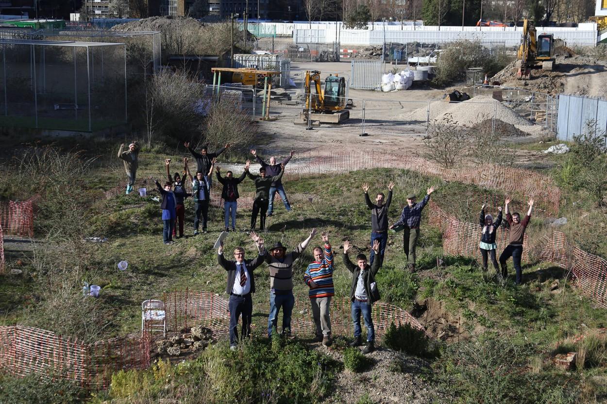 turf-projects-volunteers.jpg